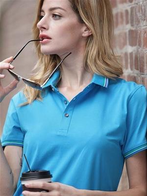 湖蓝色T恤1女