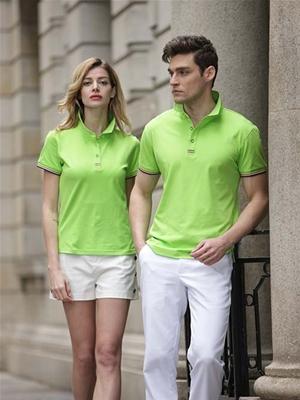 嫩绿色T恤2男女
