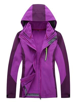 冲锋衣紫色