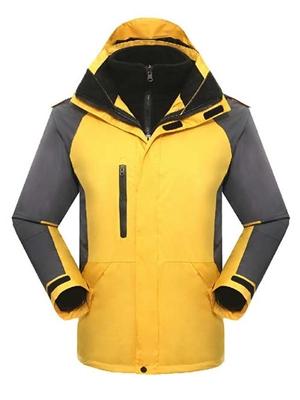 冲锋衣黄色